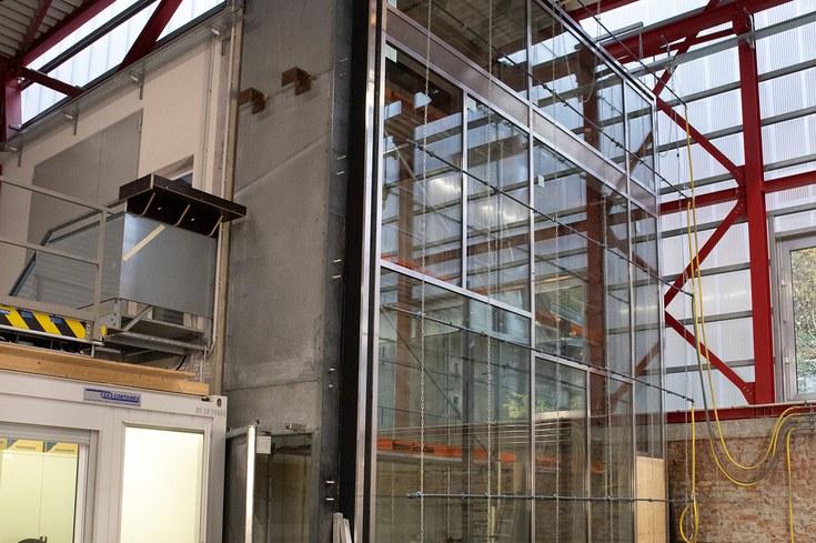 Prüfung Objektfassade mit 6x8 Meter